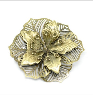 Brass Coloured Dimensional flower 3.5cm